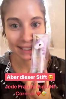 """In ihrer Instagram-Story verrät Cathy, dass Mats ihr einen Einhorn-Stift geschenkt habe. """"Er kennt mich einfach zu gut!"""", freut sich Cathy über das lustige Geschenk. Eine süße Geste!"""