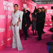 """Billboard's """"Women In Music""""-Event: Diese Red-Carpet-Look sind ganz schön schräg!"""