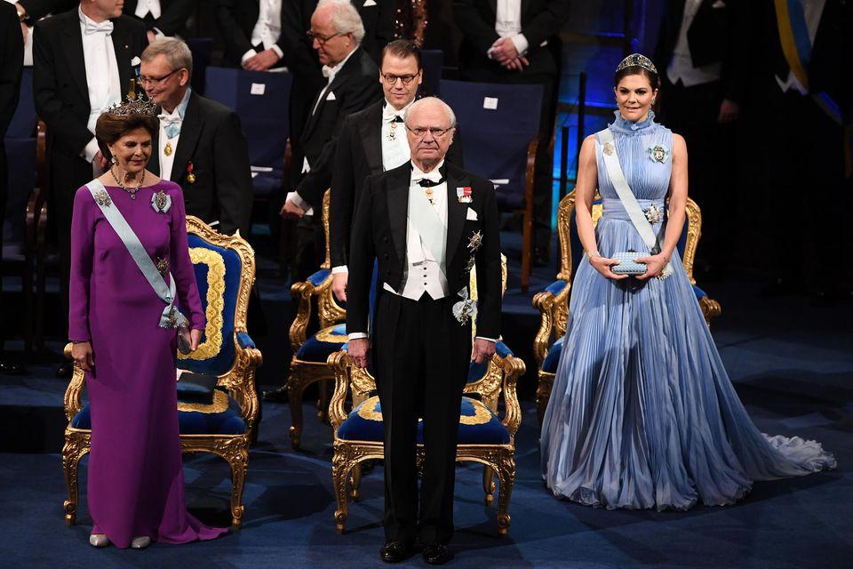 Der schwedische König Carl Gustaf wird auch in diesem Jahr wieder die Nobelpreise in Stockholm vergeben. Eine Aufgabe, die Prinzessin Victoria irgendwann von ihm erben wird.
