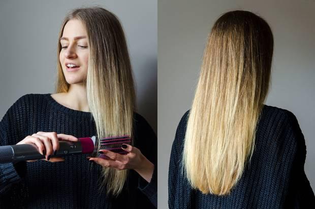 Mit der weichen Smoothing-Bürste gleitet Tabea durch ihr Haar. Die Spitzen föhntsie leicht nach innen, indem sie den Airwrap in einer Art Bogen bewegt.