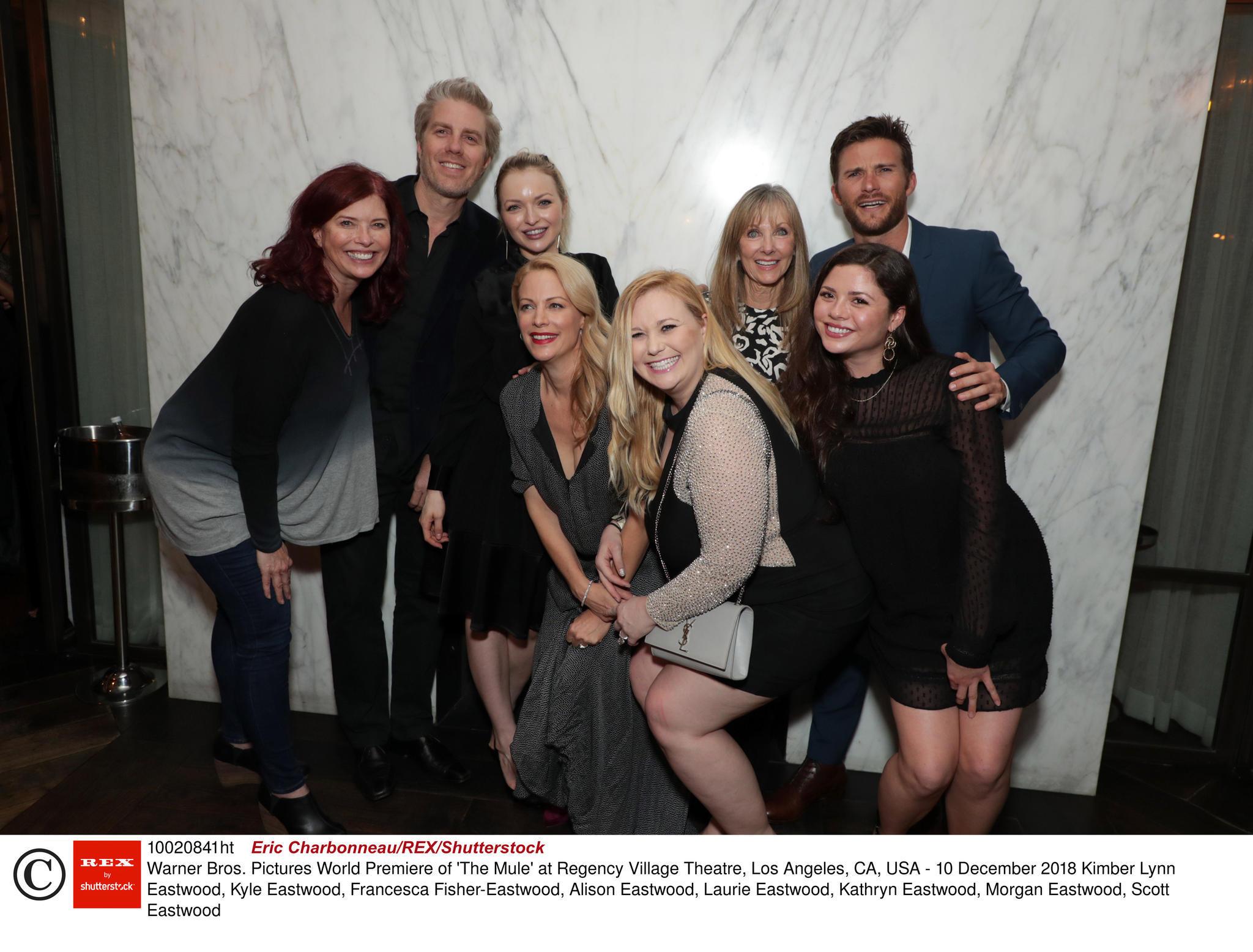 Das gab es noch nie! Alle acht Kinder von Clint Eastwood auf einem Bild.