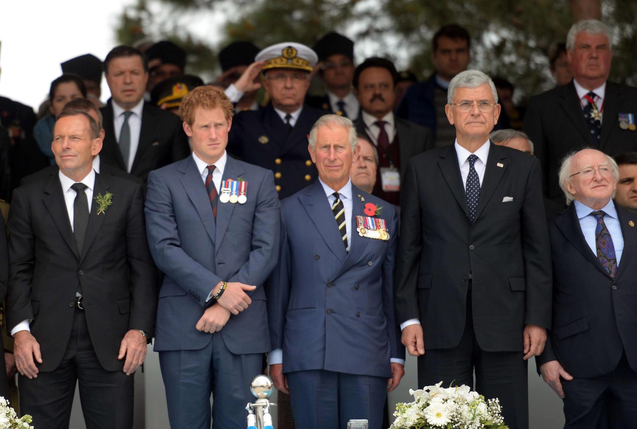 Prinz Harry + Prinz Charles