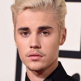 Justin Biebers (Liebes-)Leben ist ja ein ewiges Auf und Ab. Das gilt auch für seine Haut. Es gibt Monate, da hat er nicht einen einzigen Pickel.