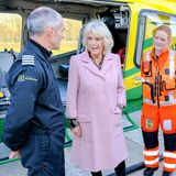 14. Dezember 2018  Später geht es dann für die Herzogin noch weiter Flugstützpunkt der Air Ambulance in Wiltshire, wo sie sich die Arbeit der Rettungsflieger erklären lässt.