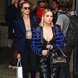 Nach Musikerin St. Vincent hat Schauspielerin und Topmodel Cara Delevingne mit Ashley Benson wieder eine ebenso attraktive Frau an ihrer Seite. Gleich und gleich gesellt sich eben gern.
