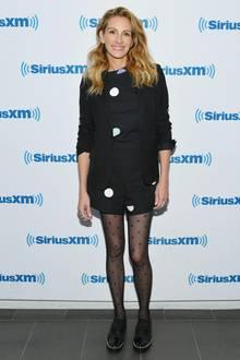 """Julia Roberts besucht im Rahmen ihrer Promotion-Tour auch den Radiosender """"SiriusXM"""". Die Schauspielerin zeigte sich jüngst dünn wie nie."""