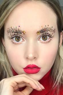 Weihnachten: So verrückt ist dieser Augenbrauen-Trend