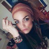 """2007, in der zweiten Staffel von """"Germany's next Topmodel"""" belegte Anni Wendler den zweiten Platz. Nach ein paar Werbedeals und Filmjobs wurde es wieder ruhiger um sie. Sie arbeitet jetzt wieder als Zahntechnikerin und hat sich auch optisch verändert. Auf ihrem Instagram-Account zeigt sie sich mit Dreadlocks und Piercing."""