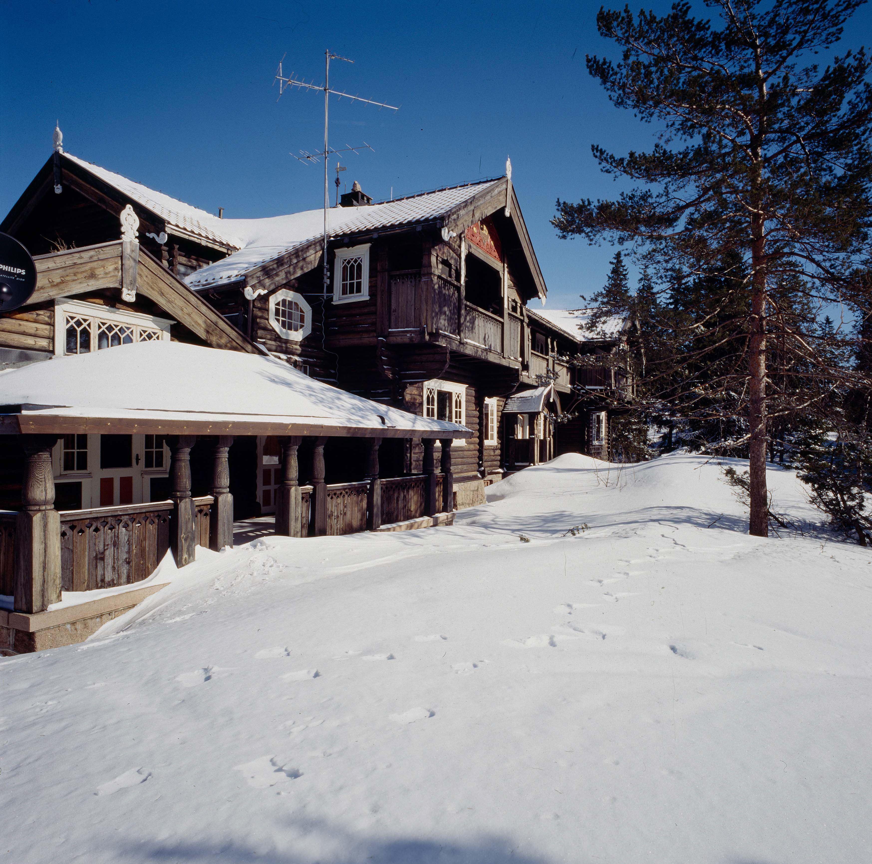 """Prinzessin Mette-Marit und Prinz Haakon feiern Weihnachten in ihrem Ferienhaus """"Kongsseteren""""."""
