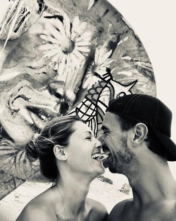 """19. Dezember 2018  Mit einem emotionalen Instagram-Text macht esHelene Fischer offiziell: Die Beziehung mit Florian Silbereisen findetihr trauriges Ende. """"Wir haben uns 10 Jahre Respekt, bedingungslosen Zusammenhalt, Harmonie, Treue, Freundschaft und Liebe geschenkt und das spiegelt sich jetzt auch in unserer Trennung wider"""", schreibt die Schlager-Queenan ihre Follower. """"Es gibt einen neuen Mann in meinem Leben und daraus will ich kein Geheimnis machen. Umso bedeutender und berührender ist für mich zu sehen, mit welcher Größe Florian damit umgeht!"""", so Fischer weiter. Für Fans bleibt nur noch die Erinnerung an eines der beliebtesten Star-Paare auf deutschem Boden ..."""