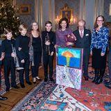 """Auch Schüler der Musikschule """"Lilla Akademien"""" sind eingeladen, ihr Geburtstagsgeschenk zu überreichen."""