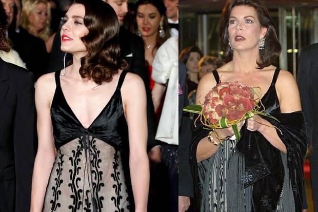 Auch Charlotte Casiraghi tobte sich in Mamas Kleiderschrank aus und wählte für den roten Teppich ein gemustertes Abendkleid von Prinzessin Caroline.