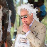 9. April 2018  Prinz Charles wird während seiner Australienreise mit einer zeremoniellen Aborigines-Begrüßung geehrt. Ob der Thronfolger wusste, worauf er sich da eingelassen hat? ...