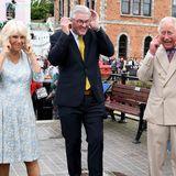 """16. Juli 2018   Charles und Camilla besuchen das Celebration of Fowey Festival: Etwas zu laute""""celebration"""", wie es scheint."""
