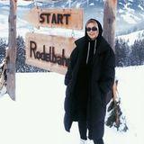 Model Lena Gercke gönnt sich eine winterliche Auszeit imNaturhotel Forsthofgut is Österreich.