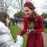 Nicht nur Blumen, auch Weihnachtsbäume bekommt Herzogin Catherine geschenkt.