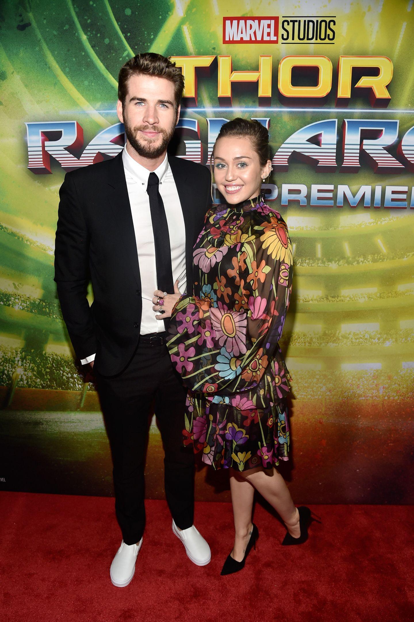 """Oktober 2017  Miley und Liam besuchen die """"Thor: Ragnarok""""-Premiere."""