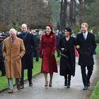 Prinz Charles, Prinz William, Herzogin Catherine, Herzogin Meghan und Prinz Harry bei ihrem letzten öffentlichen Auftritt am 25. Dezember 2018 in Sandringhamd