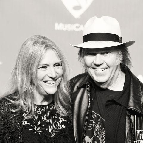Die Ex-Frau von Neil Young ist gestorben