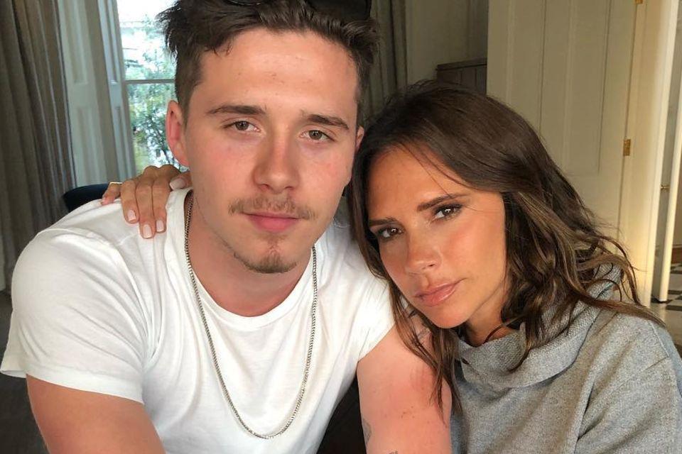Brooklyn Beckhams neue Freundin Hana Cross sieht aus wie Mama Victoria Beckham.