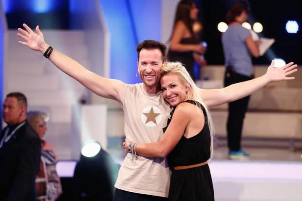 """Michael Wendler und seine Frau Claudia Norberg bei der ersten Live-Show von """"Promi Big Brother"""" im August 2014"""