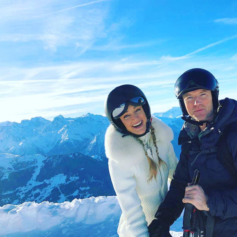 27. Dezember 2018  Storm und Ronan Keating genießen die tolle Aussicht während ihres Skiausflugs.
