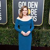 Dezenten Glamour in Blau verbreitet Amy Adams in diese Jahrbei den Golden Globes.