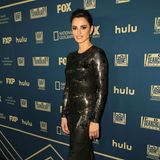 Auch Penélope Cruz hat ihre Golden-Globe-Robe gegen einen neuen Look eingetaucht. Im glamourösen Latex-Dress von Ralph Lauren besucht sie die Fox/Hulu-Party im Beverly Hilton Hotel.