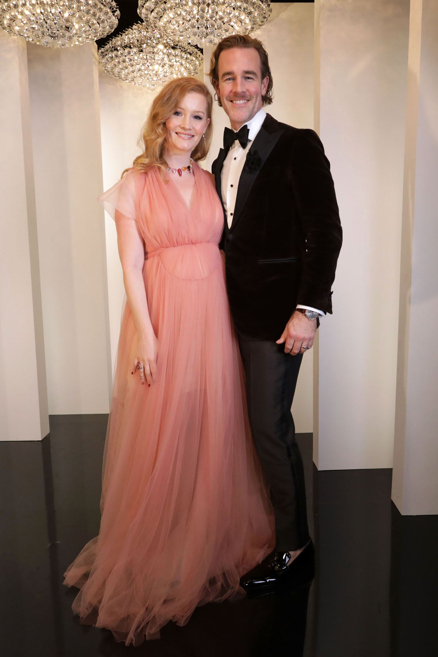Ein ganz bezauberndes Paar sind Kimberly und James van der Beek bei der Golden-Globe-Party im Beverly Hilton Hotel.