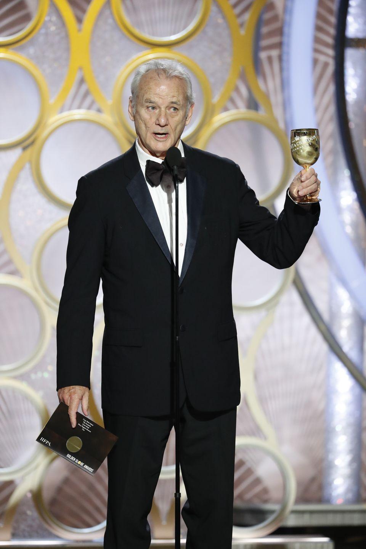 """Der Gewinner in der Kategorie """"Bester Film – Komödie oder Musical"""" wird von Comedy-IkoneBill Murray verkündet – es wurde übrigens der Film """"Green Book – Eine besondere Freundschaft""""."""