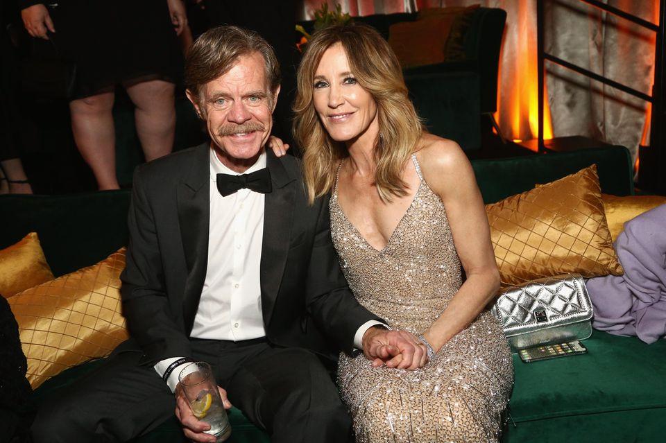 """Verliebt wie eh und je:William H. Macy und EhefrauFelicity Huffman bei der """"Netflix 2019 Golden Globes""""-Afterparty."""