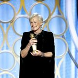 """Schauspielerin Glenn Close sorgt für die wohl größte Überraschung: Für ihre Rolle in """"Die Frau des Nobelpreisträgers"""" erhält sie den Golden Globe als """"Beste Hauptdarstellerin"""" und stiehlt damit Lady Gaga, sie galt als sichere Siegerin,die Show."""