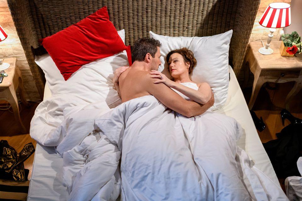 Christoph und Xenia verbringen eine romantische Nacht