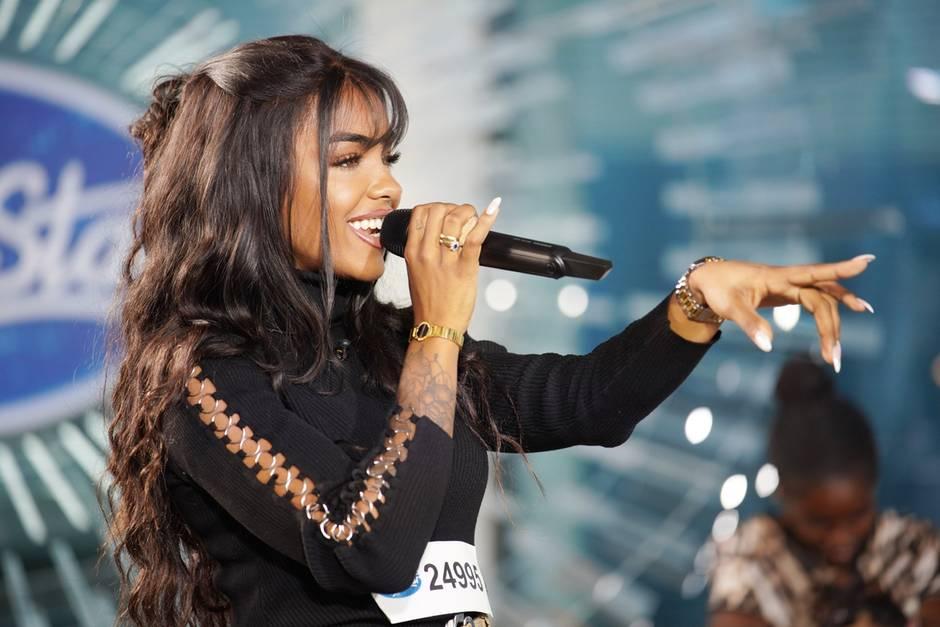 """Kandidatin Alicia Awa Beissert bei """"Deutschland sucht den Superstar"""""""