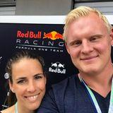Handball WM 2019 : Auch Hendriks Kollege beim THW Kiel, Patrick Wiencek, hat sein Liebesglück gefunden. Der Blondschopf ist mit seiner Fabienne seit 2018 verheiratet, sie haben bereits eine Tochter namens Lotta.