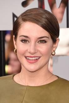 """Schauspielerin Shailene Woodley verdankt ihren Kurzhaarschnitt ihrer Rolle in dem Film """"Das Schicksal ist ein mieser Verräter"""" aus dem Jahr 2014"""