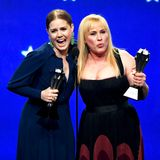 "Auch Amy Adams (""Sharp Objects"") und Patricia Arquette (""Espace at Dannemora"") teilen sich einen Preis. Beide Frauen werden in der Kategorie ""Best Actress in a Limited Series or Movie Made for Television"" ausgezeichnet."