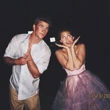 Liam Hemsworth,Miley Cyrus