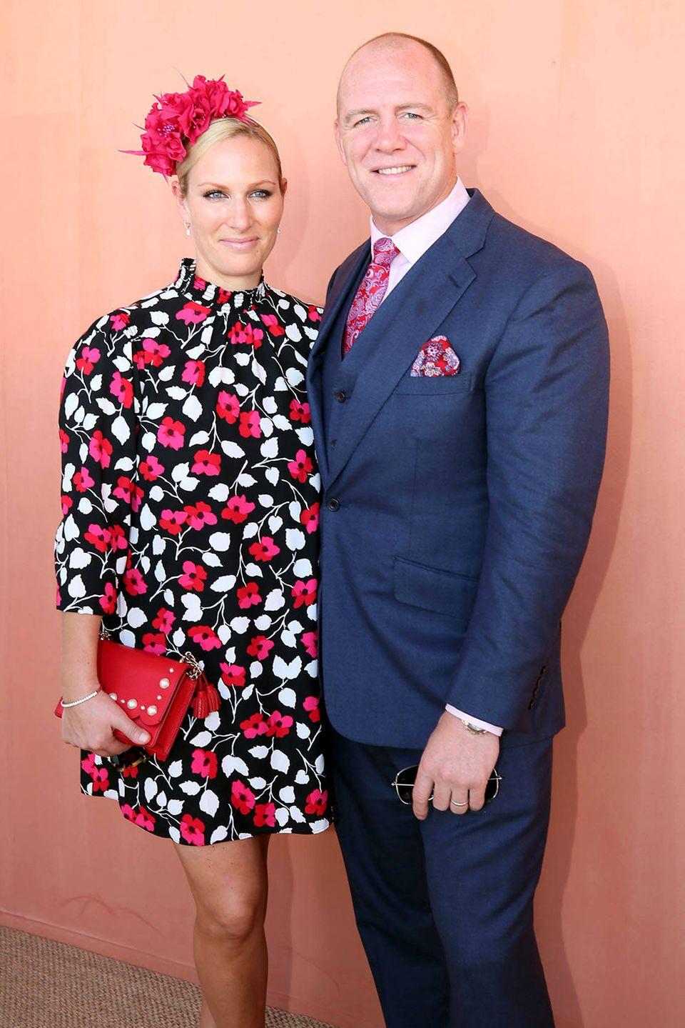 """Zara Phillips und Mike Tindall besuchen in Australien den """"The Star Gold Coast Magic Millions Raceday"""". Dabei hat der Fotograf einen etwas ungünstigen Ausschnitt gewählt ..."""