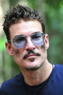 Dschungelcamp-Kandidat Chris Töpperwien hat einen prominenten Doppelgänger. Kommen Sie drauf, welcher Hollywood-Star dem Currywurstmann zum Verwechseln ähnlich sieht?