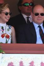 """Daddy zeigt ihr seine Welt: Fürst Albert von Monaco, 60, mit Jazmin Grace vorigen April beim Tennisturnier """"Monte-Carlo Rolex Masters""""auf der Ehrentribüne"""