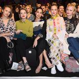 Die Front Row von KXXK kann sich sehen lassen:Alina Levshin, Jella Haase, Gizem Emre, Caro Cult und Franziska Knuppe (v.l.)