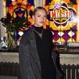 Cheyenne Ochsenknecht feiert die Fashion Week bei der Party von Modelalbel Tigha.