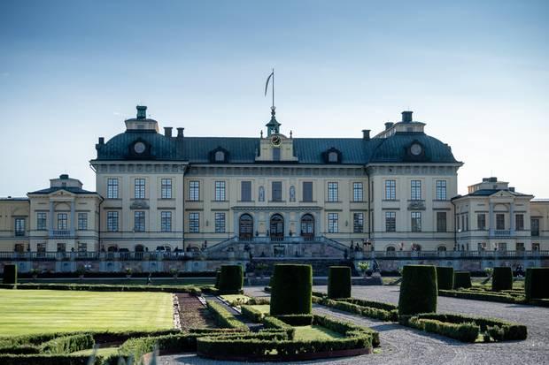 Für den Park von Schloss Drottningholm wird Personal gesucht.