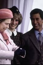 Queen Elizabeth, Prinzessin Diana (†), Prinz Charles