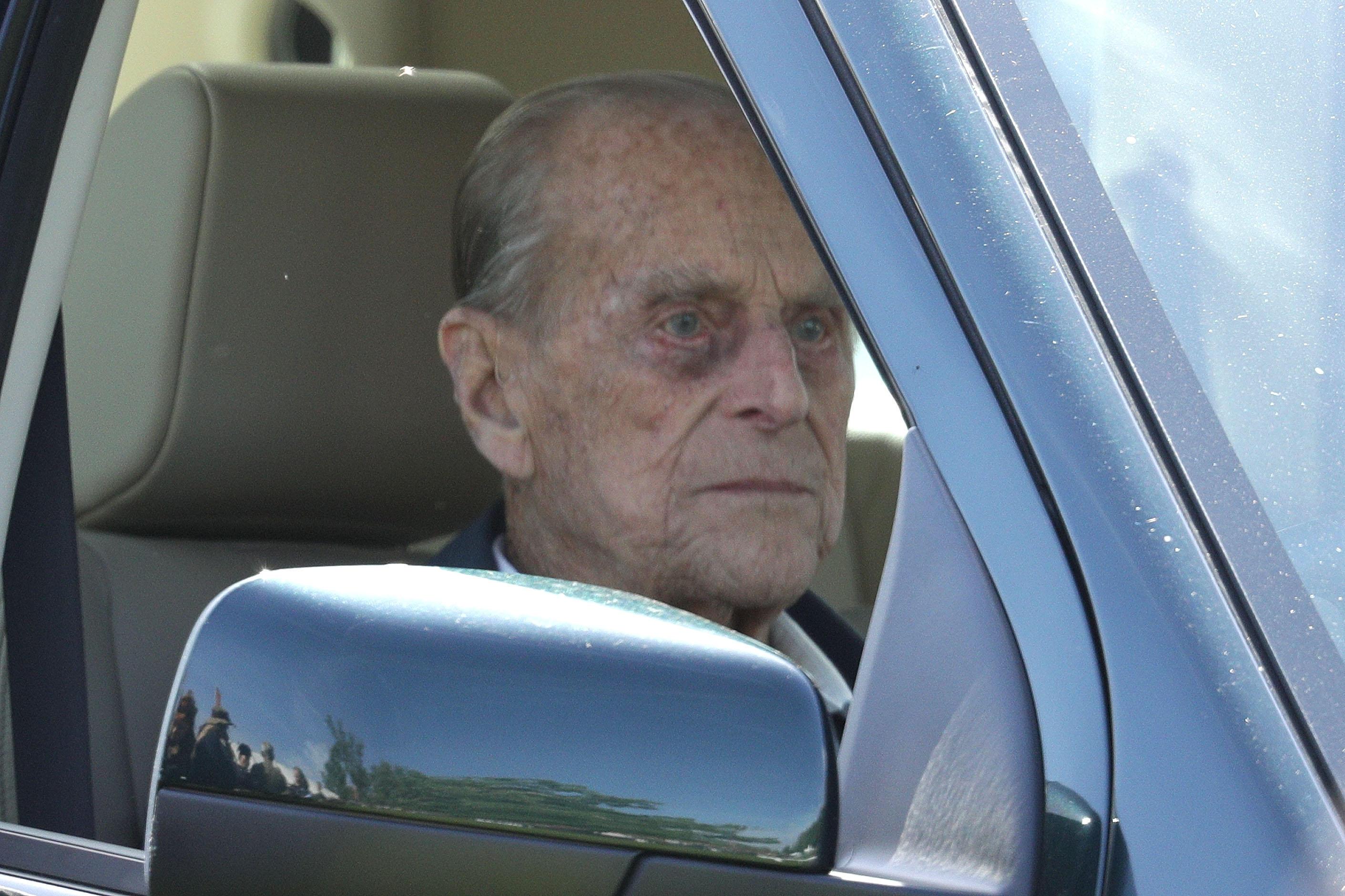 Prinz-Philip-Der-Ehemann-der-Queen-hatte-einen-Autounfall
