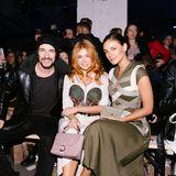 Ein Stück weiter sitzen Thomas Hayo, Palina Rojinski und Janina Uhse.