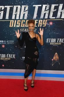 """17. Januar 2019  Die """"Discovery"""" fliegt wieder! Nicht nur HauptdarstellerinSonequa Martin-Green feiert in New York ausgiebig die Premiere der zweiten """"Star-Trek: Discovery""""-Staffel, sondern mit ihr auch die vielen anderen Crew-Mitglieder ..."""