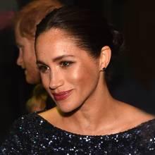 Herzogin Meghan zeigt sich in der Royal Albert Hall mit einem filmreifen Make-up.