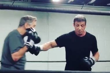 Stallone zeigt Robert De Niro wie ein richtiger Haken geht